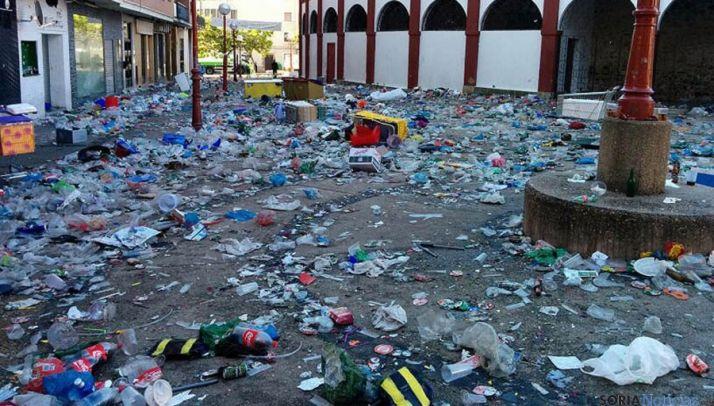 Aledaños de La Chata tras el Viernes de Toros. / SN