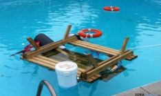 Material lanzado a la piscina/Ayto Ágreda