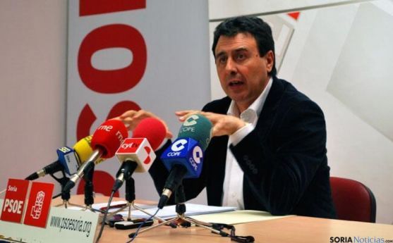 Félix Lavilla durante una rueda de prensa. SN