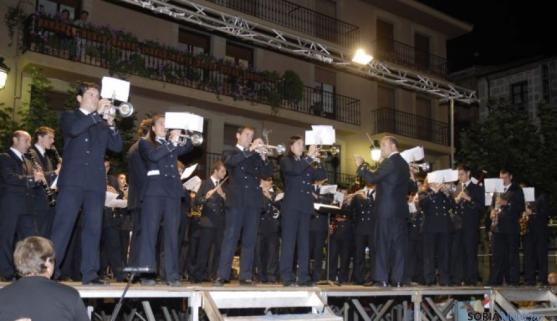 La banda durante un concierto en Soria.
