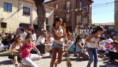 Fiestas de Osma. Baile de la Escoba