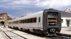 Un tren en la estación del Cañuelo, en la capital soriana. / SN