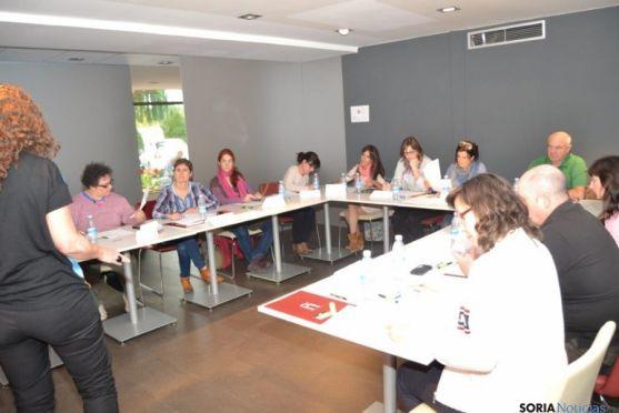 Impartición del curso de turismo sobre mercados internacionales