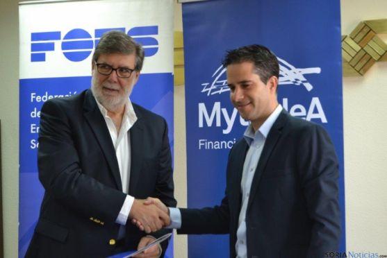 Firma convenio en FOES para préstamos a empresas