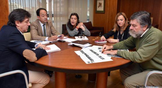 Encuentro en la Delegación Territorial para tratar el asunto. / Jta.