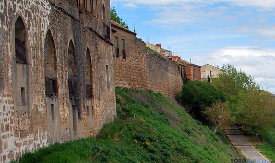 Un tramo de la muralla de Almazán./SN