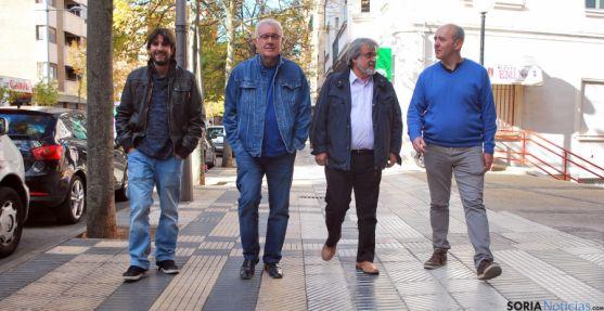 Ángel A. Fdez. (izda.), Cayo Lara, José María Rodríguez y Enrique García. / SN
