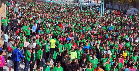 Una porción de la multitud verde en Los Pajaritos previa a la salida. / SN