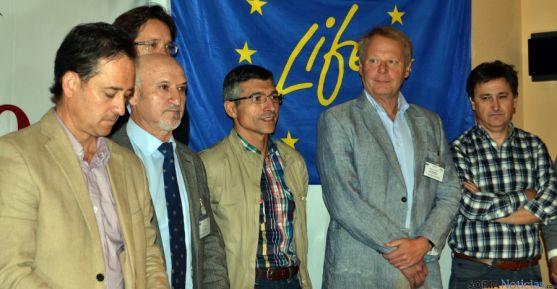 Los asociados al proyecto LIFE 'Smart Fertirrigation', este viernes en Soria. / SN