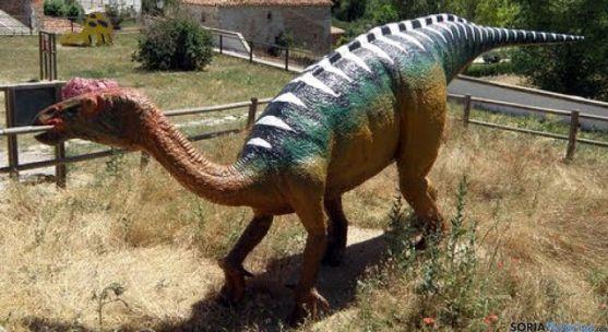 Reproducción de un dinosaurio en Villar del Río. / SN