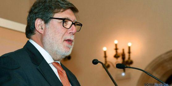 El presidente de FOES y de CECALE, Santiago Aparicio. / SN