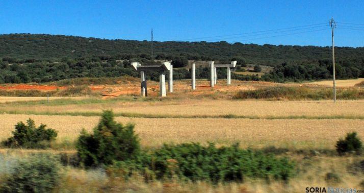 Una de las infraestrucutras paralizadas de la futura Autovía del Duero. / SN
