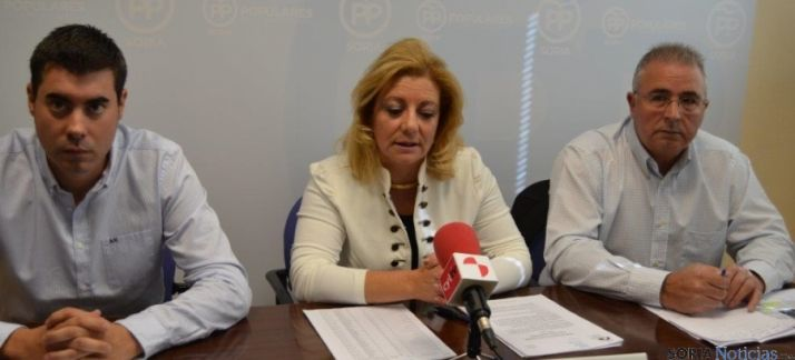 Diputados del PP en rueda de prensa