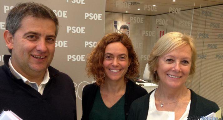 Antón (izda.), Betet e Irigoyen este martes en Madrid. / PSOE