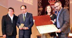 La entrega del galardón al CAEP./SN