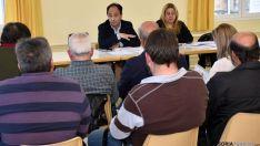 La reunión este jueves en Los Rábanos. / Jta.