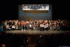 Grupo de 'familia' del Certamen con los galardonados