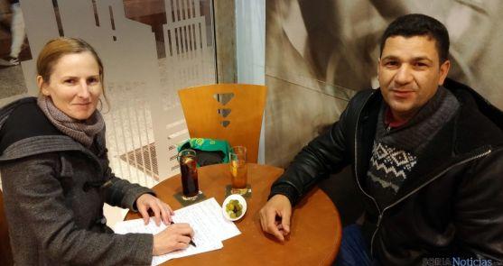 El Boutaybi con la entrevistadora de la Diócesis de Osma-Soria. / DOS