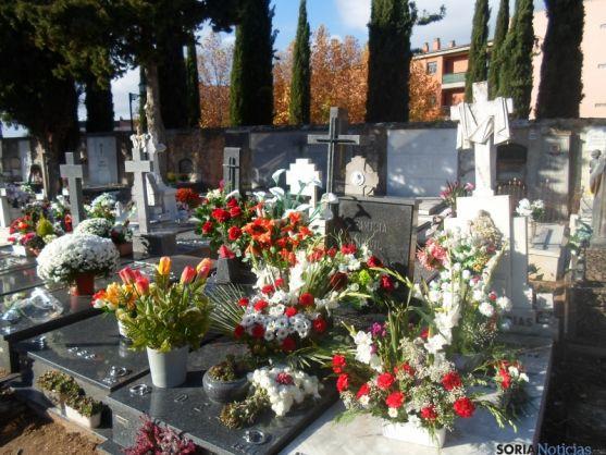 Aspecto del cementerio de Soria este domingo primero de noviembre