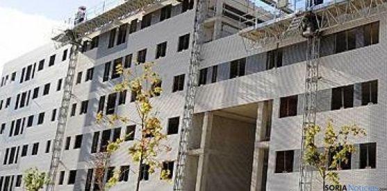 Edificio en construcción en Soria.
