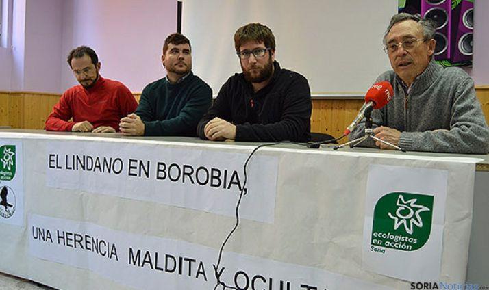 Parlamentarios aragoneses y de la UE y ASDEN en rueda de prensa este viernes. / SN