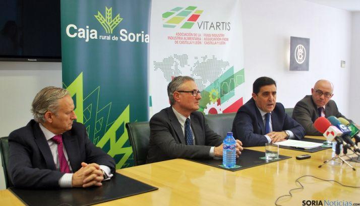 Carlos Tejedor (izda.), Félix Moracho, Carlos Martínez Izquierdo y Domingo Barca este jueves. / SN