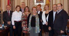 Jubilados y autoridades de la Diputación./Dip
