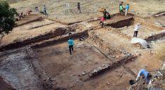Excavaciones en el yacimiento. / Jta.