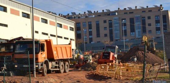 Máquinas trabajando en Camaretas
