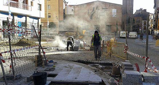 Obras en la plaza este miércoles. / SN