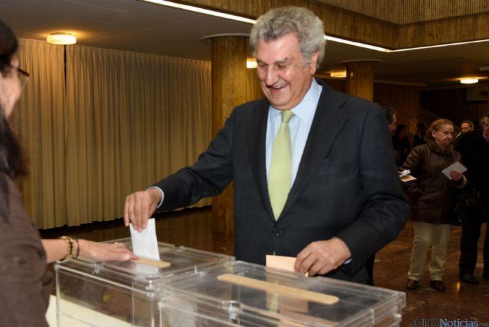 Foto 2 - Posada reconoce el paso atrás del bipartidismo en estas elecciones