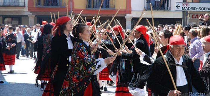Los Zarrones, fiesta declarada de interés turístico regional.