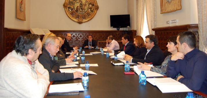 El consejo reunido este lunes en el Palacio Provincial. / Dip.