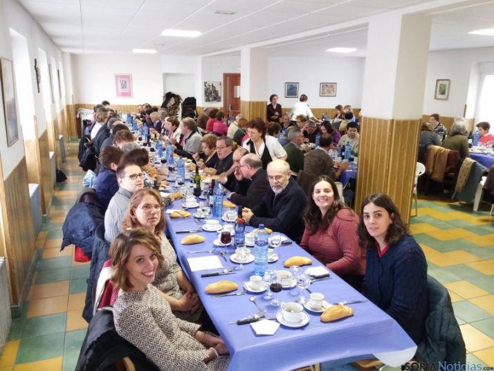 Foto 2 - Cáritas celebra el día del voluntariado
