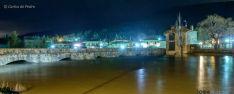El Duero esta noche de jueves a su paso por Salduero. / Carlos de Pedro