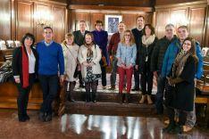 Imagen de familia de los voluntarios a jurados 2016