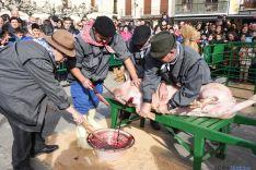 El sacrificio del gorrino este domingo en El Burgo. / SN