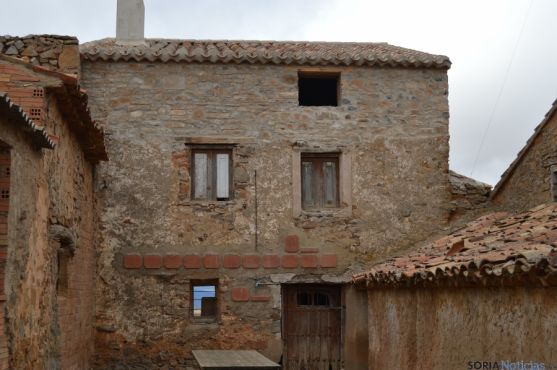 El nuevo tejado ha evitado el desmoronamiento de la vivienda de Bécquer.