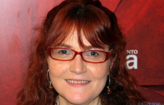 La concejal Ana Calvo en labores municipales. / SN