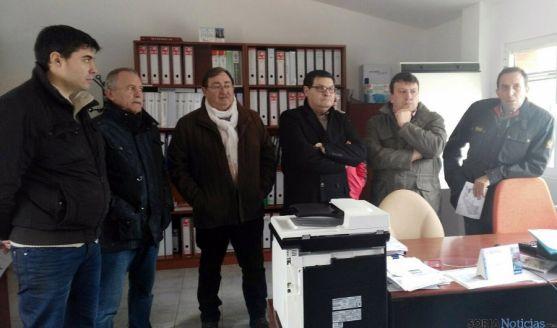 La Comisión de Agricultura, este jueves en la planta de purines de Almazán.
