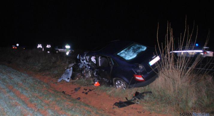 Uno de los vehículos tras el accidente. / SN
