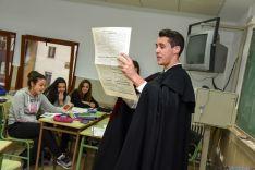 Foto 3 - El instituto Machado teatraliza la orden que lo creó hace ahora 175 años