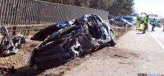 El vehículo en el que viajaba el fallecido tras el impacto. / SN