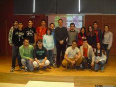 Jesús Alonso con los alumnos de San Esteban