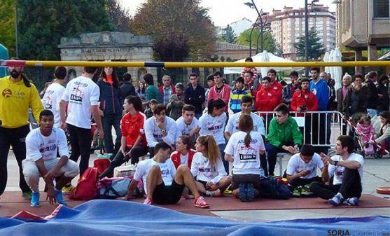 Exhibición de salto de altura en Soria.