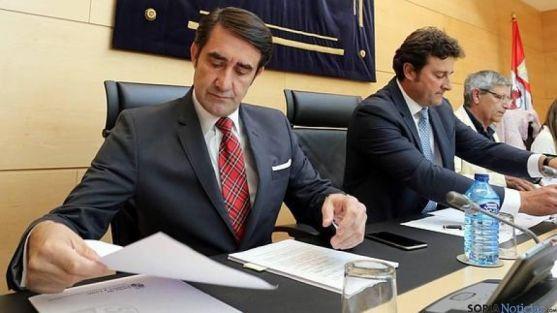 Suárez-Quiñones, en una comparecencia en las Cortes regionales.
