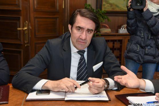 Suárez-Quiñones, consejero de Fomento y Medio Ambiente.