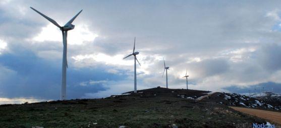 Un parque eólico en la provincia de Soria cercano a la capital. / SN