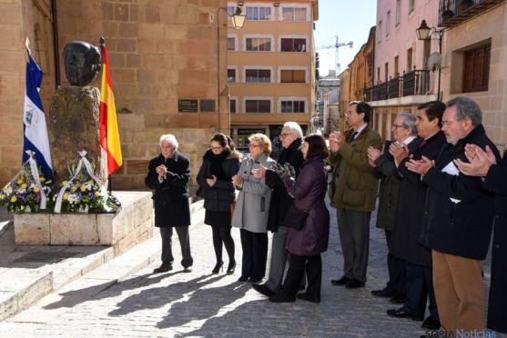 Homenaje a Antonio Machado y Rubén Darío. / Fotos: Ana Isla