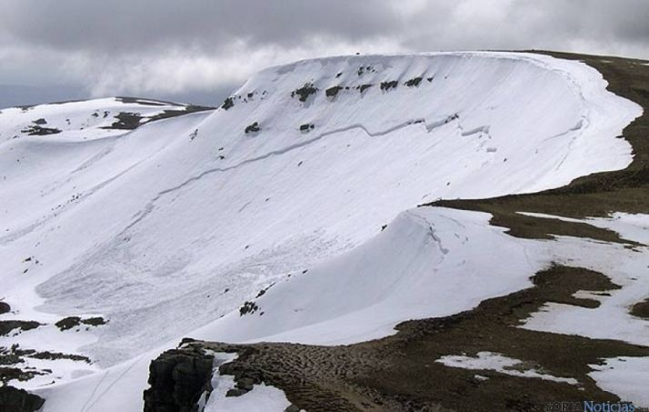 Picos de Urbión, con nieve.